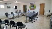 Reunião para tratar sobre atrasos saláriais é adiada por falta de vereadores